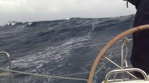 Сзади подкрадывается волна