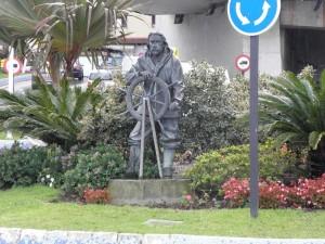 Памятник морякам в Сеуте