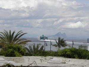вдали Гибралтар, Геркулесовы столбы