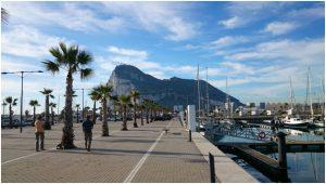 Гибралтар, вид из марины Ла Линеа